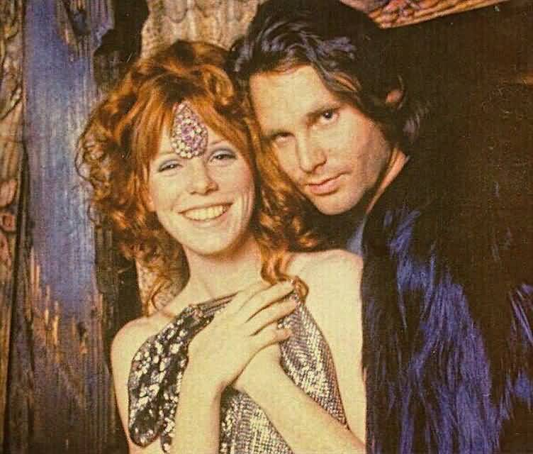 Some Rare Pictures Of Jim Morrison with Girlfriend Pamela Courson 01