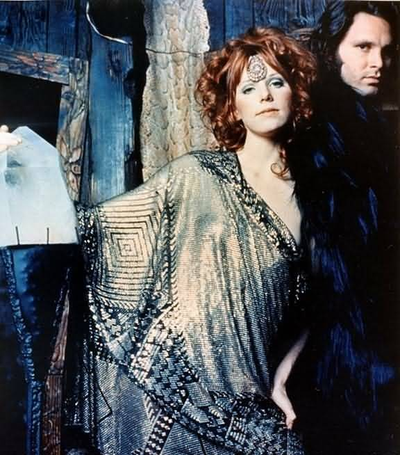 Some Rare Pictures Of Jim Morrison with Girlfriend Pamela Courson 12