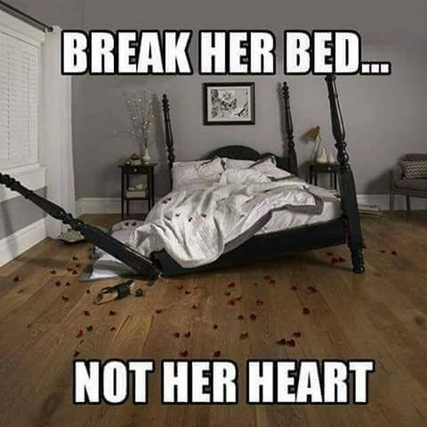 Amusing relationship memes for her joke