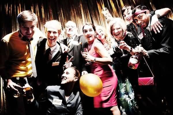 Hilarious office party photos joke