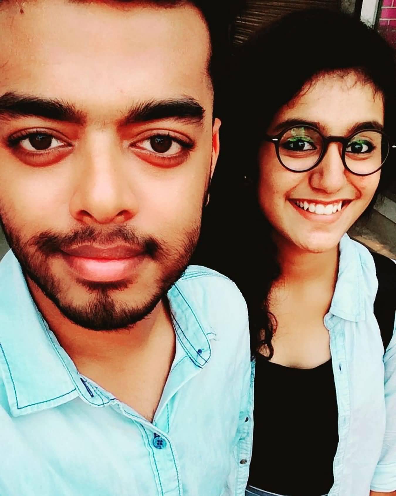 Priya Prakash Boyfriend (BF), Friends and Family 01