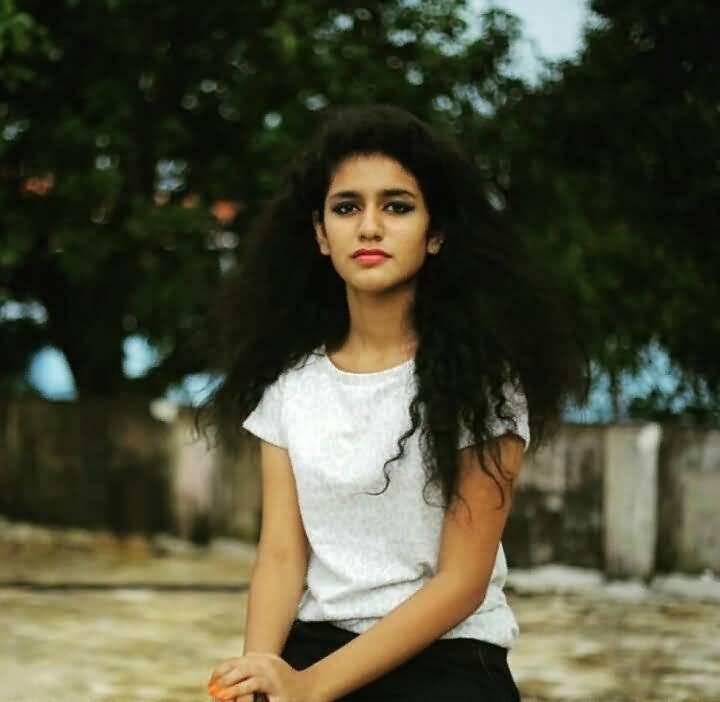 Priya Prakash Varrier HD Wallpaper Image 27