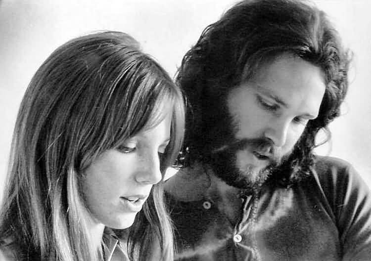 Some Rare Pictures Of Jim Morrison with Girlfriend Pamela Courson 21