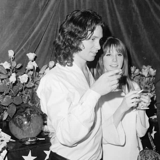 Some Rare Pictures Of Jim Morrison with Girlfriend Pamela Courson 34
