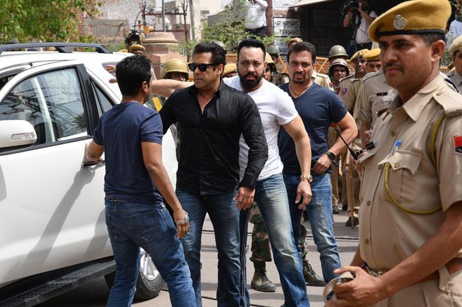Salman Khan Jail Going Inside Gourt