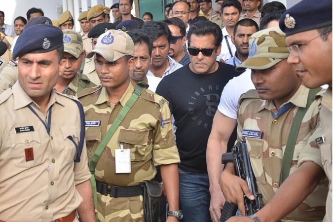 Salman Khan Jail With Police