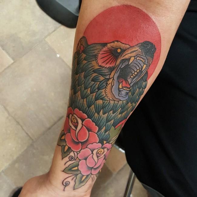 Fantastic Colorful Ink Wild Bear Animal Flower Tattoo On Men Sleeve